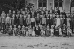 Obecní škola roku 1941