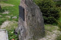 Pohled na jamnický pomník v roce 2017